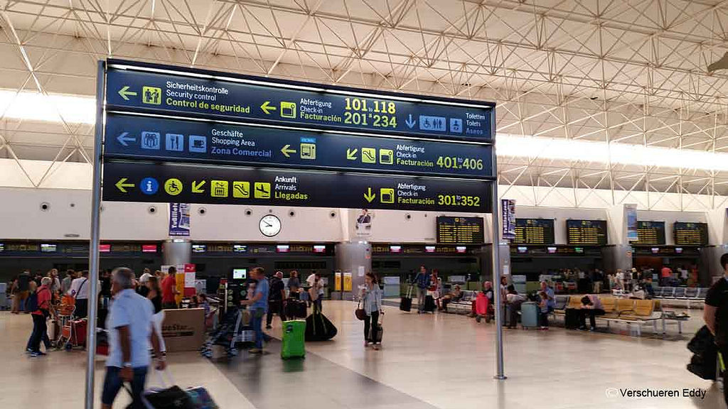 Las Palmas Flughafen Ankunft